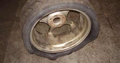 badly stretched tyre